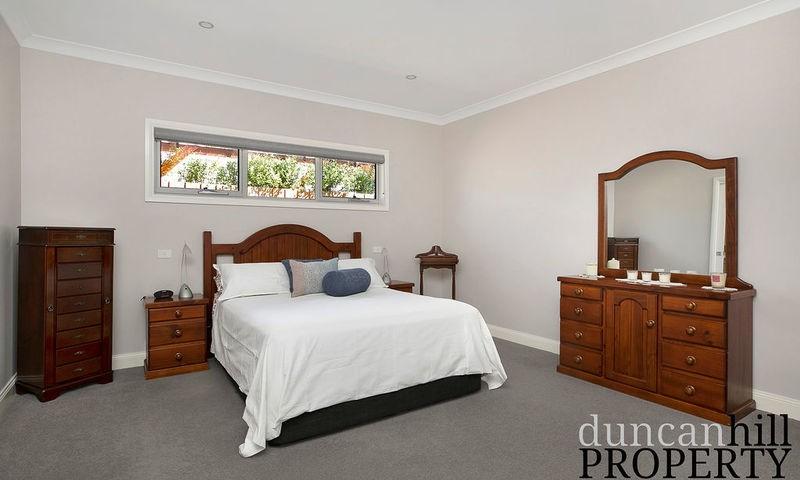https://assets.boxdice.com.au/duncan_hill_property/listings/2693/2048e4a3.jpg?crop=800x480