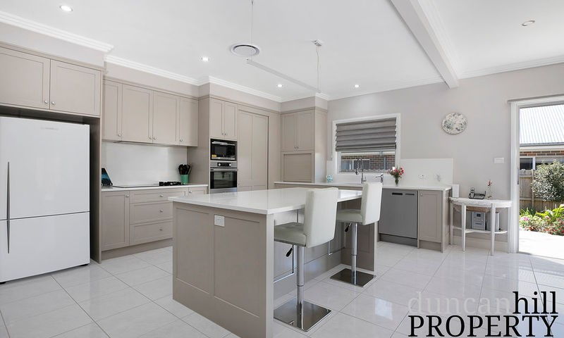 https://assets.boxdice.com.au/duncan_hill_property/listings/2693/a0b6f224.jpg?crop=800x480