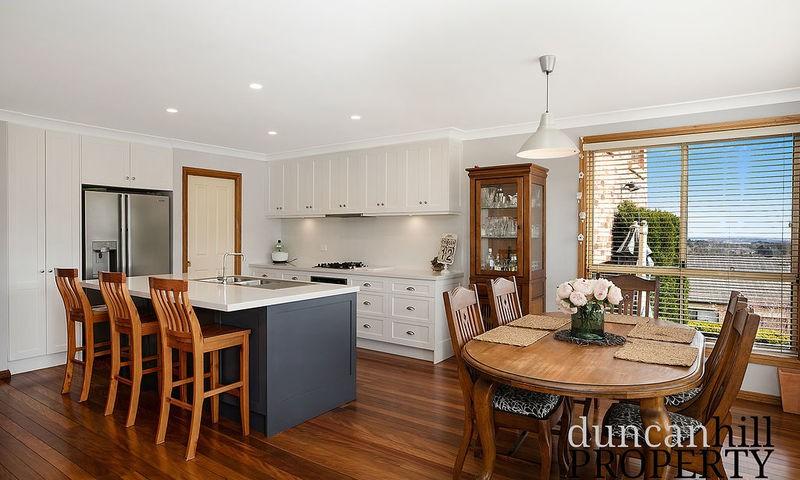 https://assets.boxdice.com.au/duncan_hill_property/listings/2713/44f01b2b.jpg?crop=800x480