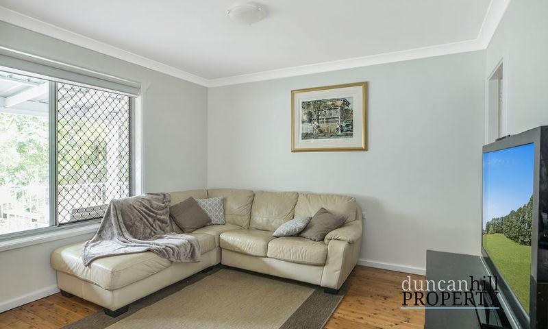 https://assets.boxdice.com.au/duncan_hill_property/listings/2813/8a0efd1c.jpg?crop=800x480
