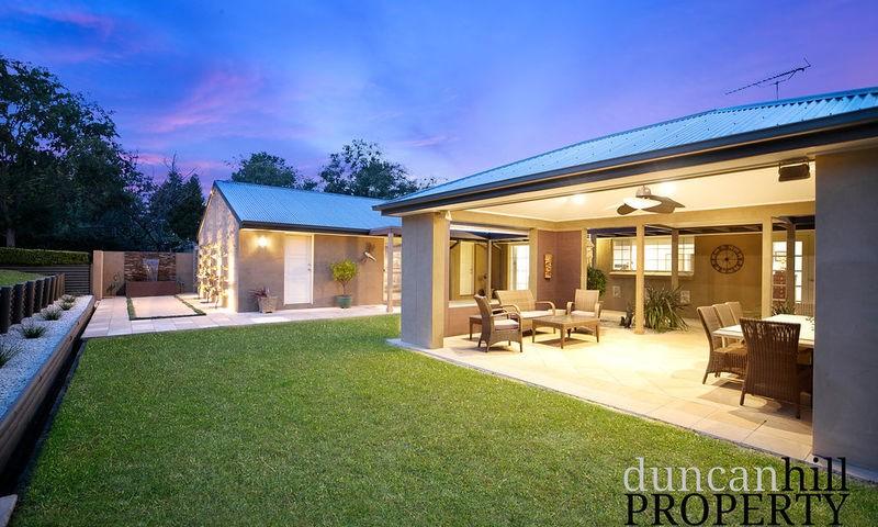 https://assets.boxdice.com.au/duncan_hill_property/listings/2827/dbb0d3c4.jpg?crop=800x480