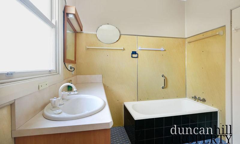 https://assets.boxdice.com.au/duncan_hill_property/listings/2861/aef7dcab.jpg?crop=800x480