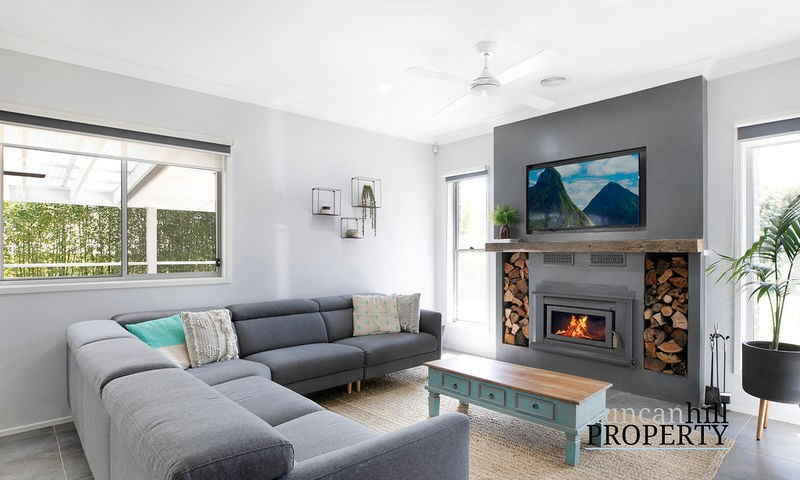 https://assets.boxdice.com.au/duncan_hill_property/listings/2899/053f36d9.jpg?crop=800x480