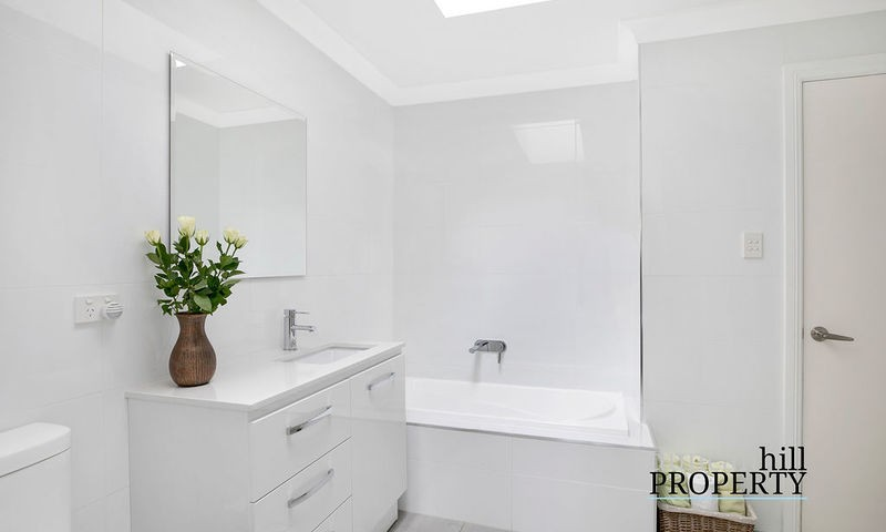 https://assets.boxdice.com.au/duncan_hill_property/listings/2903/9bc069e9.jpg?crop=800x480