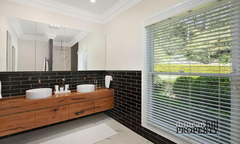 https://assets.boxdice.com.au/duncan_hill_property/listings/2915/510b2f21.jpg?crop=800x480