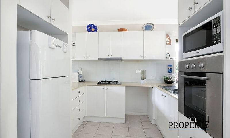 https://assets.boxdice.com.au/duncan_hill_property/listings/2934/2ea2708d.jpg?crop=800x480