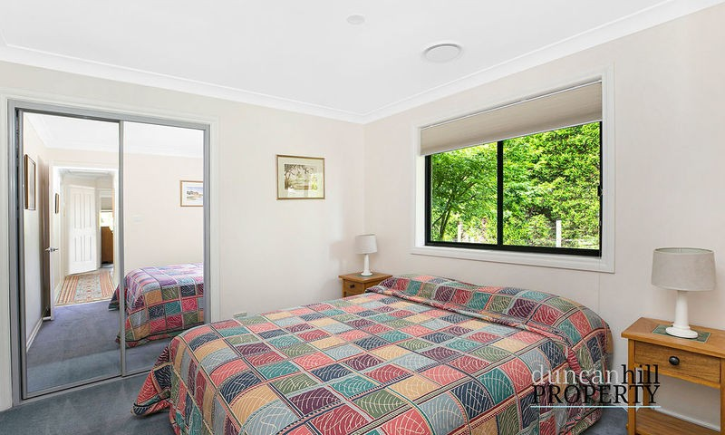 https://assets.boxdice.com.au/duncan_hill_property/listings/2960/8aba6ad7.jpg?crop=800x480
