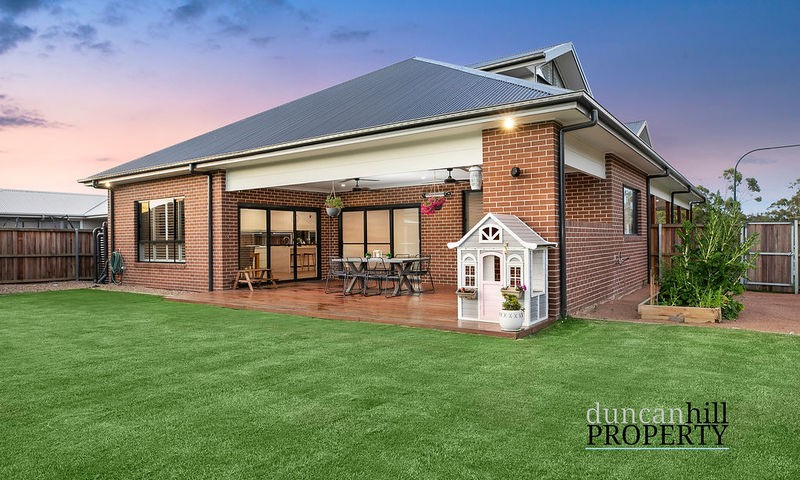 https://assets.boxdice.com.au/duncan_hill_property/listings/2964/24418bbd.jpg?crop=800x480