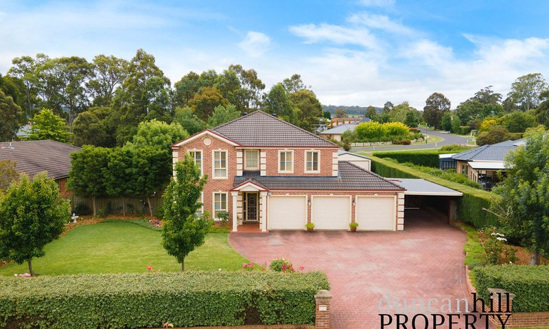 https://assets.boxdice.com.au/duncan_hill_property/listings/2983/b9c157ee.jpg?crop=800x480