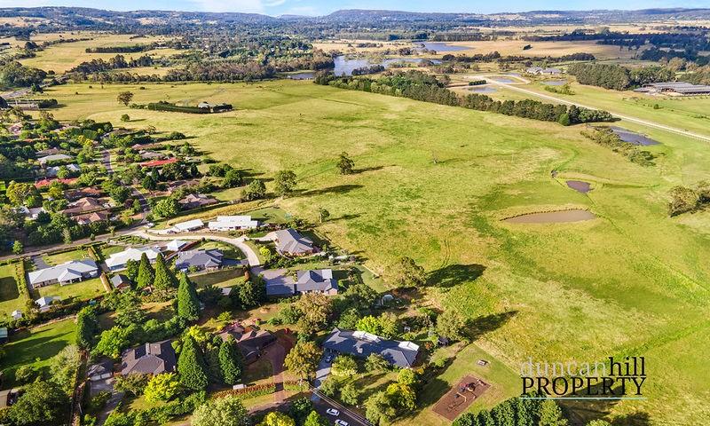 https://assets.boxdice.com.au/duncan_hill_property/listings/2992/f8d0e4d6.jpg?crop=800x480