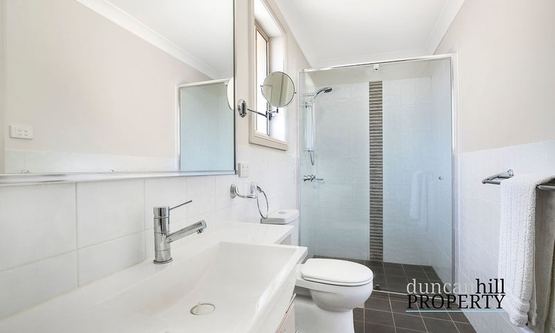 https://assets.boxdice.com.au/duncan_hill_property/listings/3040/8d2d3b76.jpg?crop=800x480