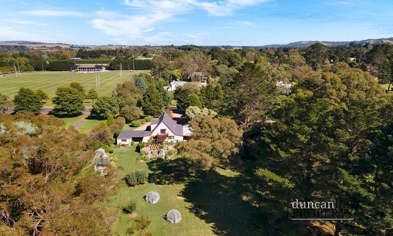 https://assets.boxdice.com.au/duncan_hill_property/listings/3063/c825ba2d.jpg?crop=800x480