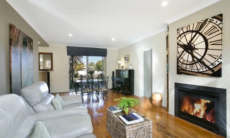 https://assets.boxdice.com.au/duncan_hill_property/listings/3091/1775ffbd.jpeg?crop=800x480
