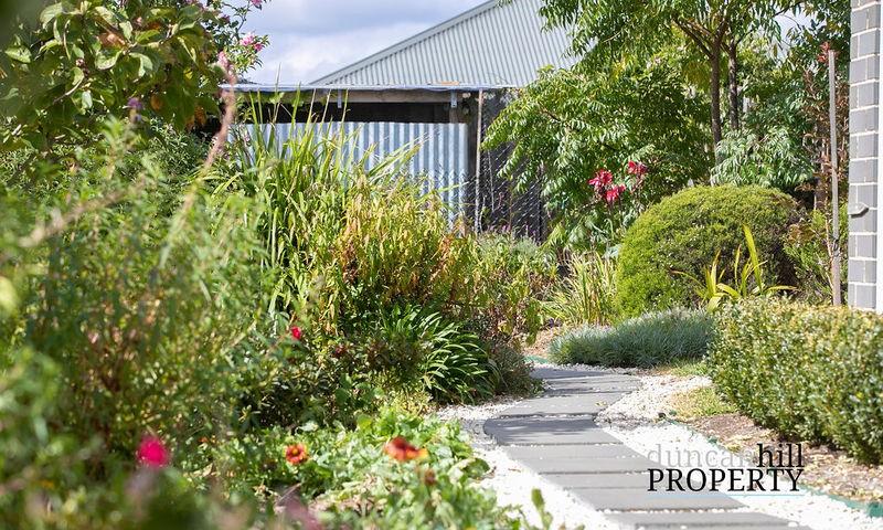 https://assets.boxdice.com.au/duncan_hill_property/listings/3127/e9218f36.jpg?crop=800x480