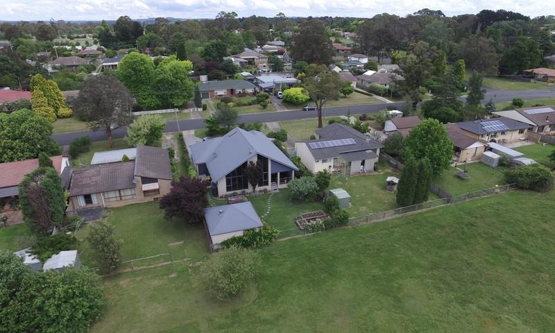 https://assets.boxdice.com.au/duncan_hill_property/listings/3203/58460ed2.jpg?crop=800x480