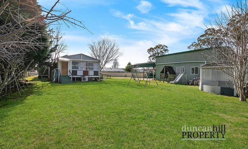 https://assets.boxdice.com.au/duncan_hill_property/listings/3236/54807a0e.jpg?crop=800x480