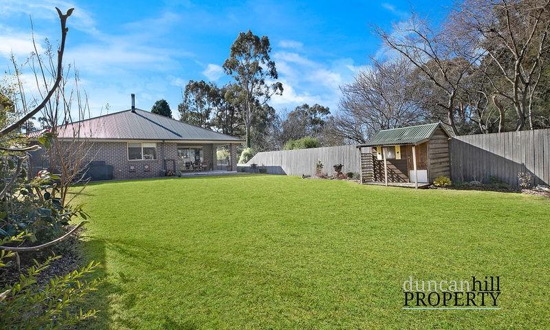 https://assets.boxdice.com.au/duncan_hill_property/listings/3240/0d2b6155.jpg?crop=800x480