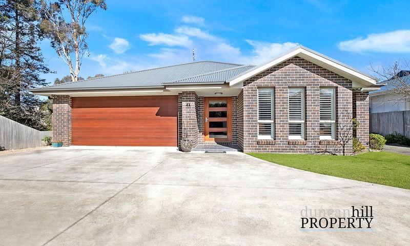 https://assets.boxdice.com.au/duncan_hill_property/listings/3240/6a2ec0a8.jpg?crop=800x480