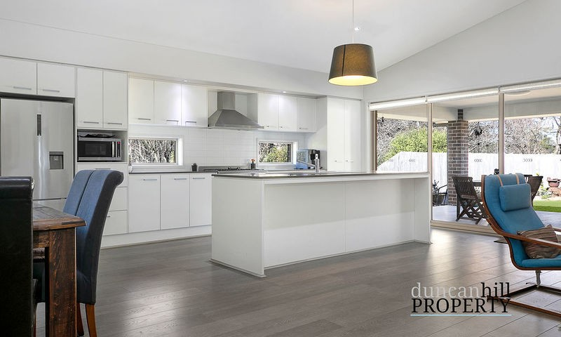 https://assets.boxdice.com.au/duncan_hill_property/listings/3240/a84bcd46.jpg?crop=800x480