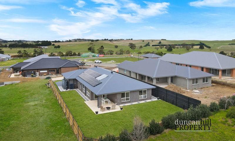 https://assets.boxdice.com.au/duncan_hill_property/listings/3247/cc3c75b3.jpg?crop=800x480