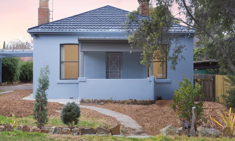 https://assets.boxdice.com.au/duncan_hill_property/listings/3270/0231b3e2.jpg?crop=800x480