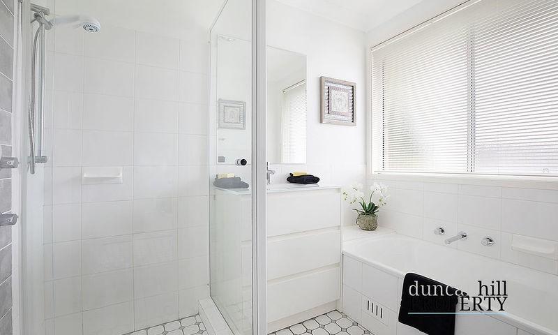 https://assets.boxdice.com.au/duncan_hill_property/listings/3287/144975b9.jpg?crop=800x480