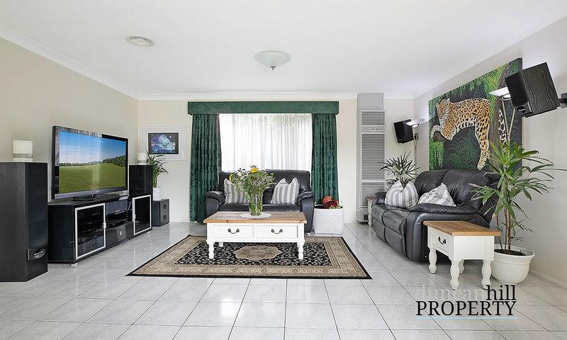 https://assets.boxdice.com.au/duncan_hill_property/listings/3287/f38b1862.jpg?crop=800x480