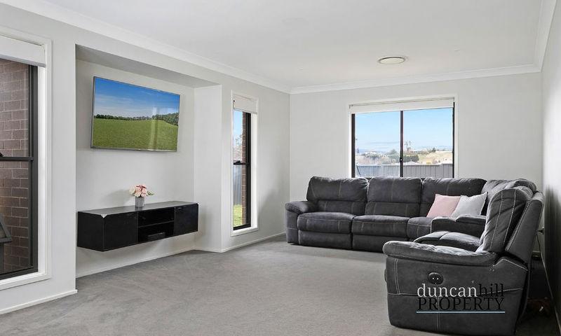 https://assets.boxdice.com.au/duncan_hill_property/listings/3293/a0ba3a2e.jpg?crop=800x480