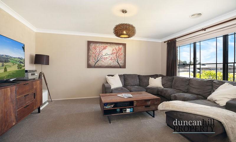 https://assets.boxdice.com.au/duncan_hill_property/listings/3294/4932b388.jpg?crop=800x480