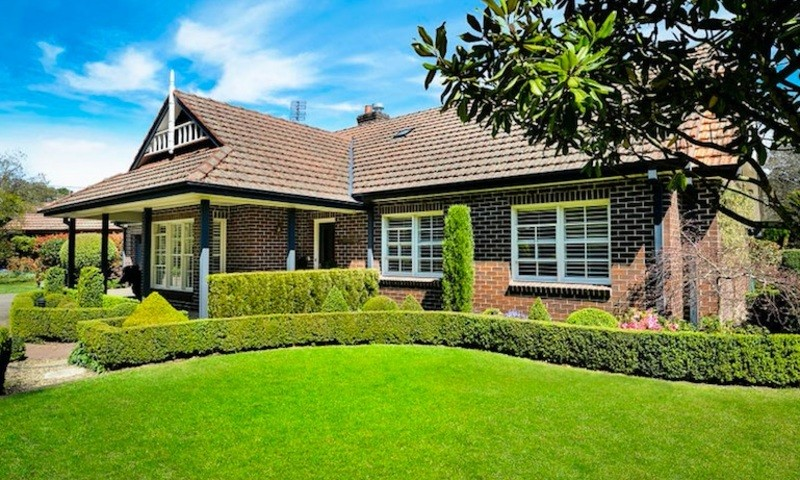 https://assets.boxdice.com.au/duncan_hill_property/listings/3300/8765fb9b.jpg?crop=800x480