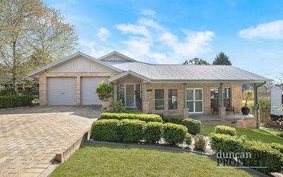 https://assets.boxdice.com.au/duncan_hill_property/listings/3320/43f6d6c6.jpg?crop=400x250