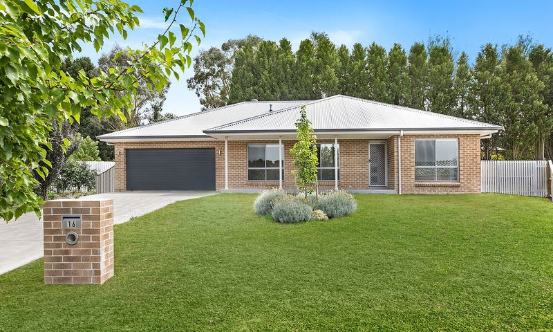 https://assets.boxdice.com.au/duncan_hill_property/rental_listings/107/16545212.jpg?crop=800x480