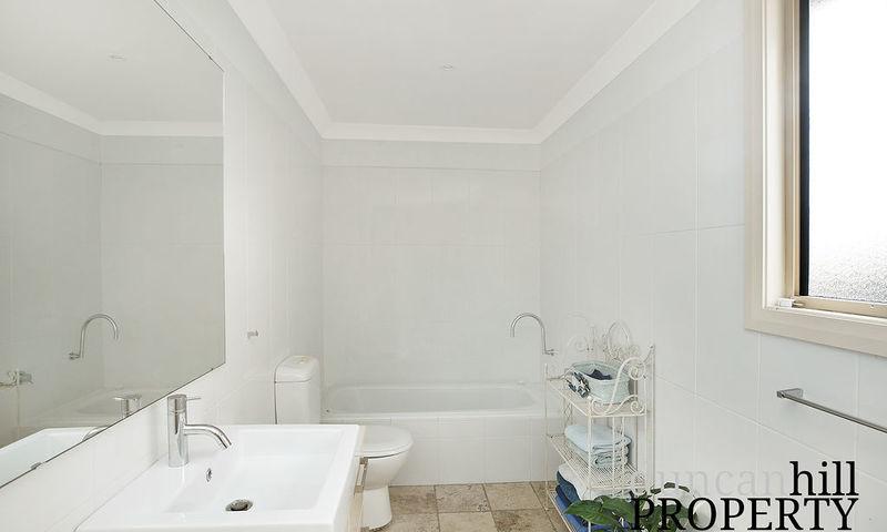 https://assets.boxdice.com.au/duncan_hill_property/rental_listings/131/89fa4f72.jpg?crop=800x480