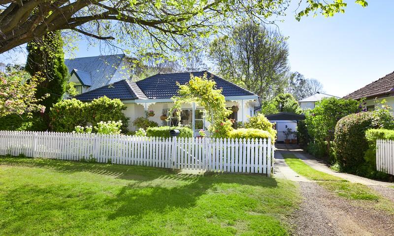 https://assets.boxdice.com.au/duncan_hill_property/rental_listings/9/179b0270.jpg?crop=800x480
