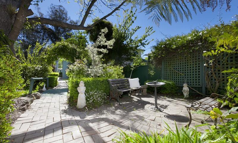 https://assets.boxdice.com.au/duncan_hill_property/rental_listings/9/1fe50a7b.jpg?crop=800x480
