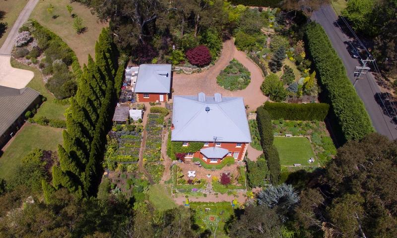 https://assets.boxdice.com.au/duncan_hill_property/rental_listings/94/9fa6be87.jpg?crop=800x480