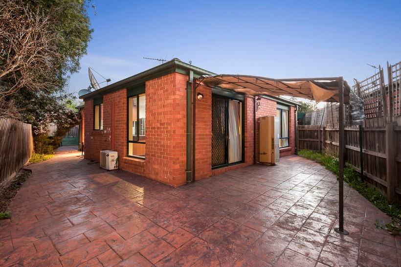 https://assets.boxdice.com.au/haughton_stotts/listings/316/225b4fbb.jpg?crop=820x546