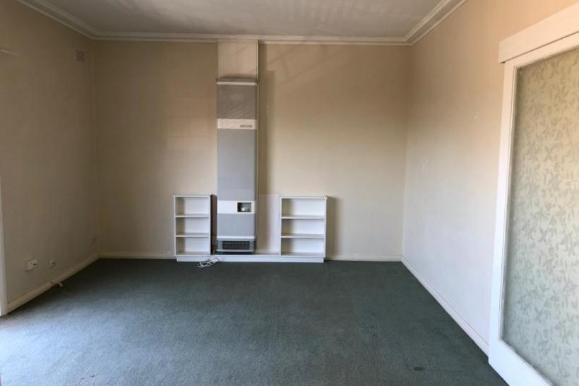 https://assets.boxdice.com.au/haughton_stotts/rental_listings/317/ffce5070.jpg?crop=820x546
