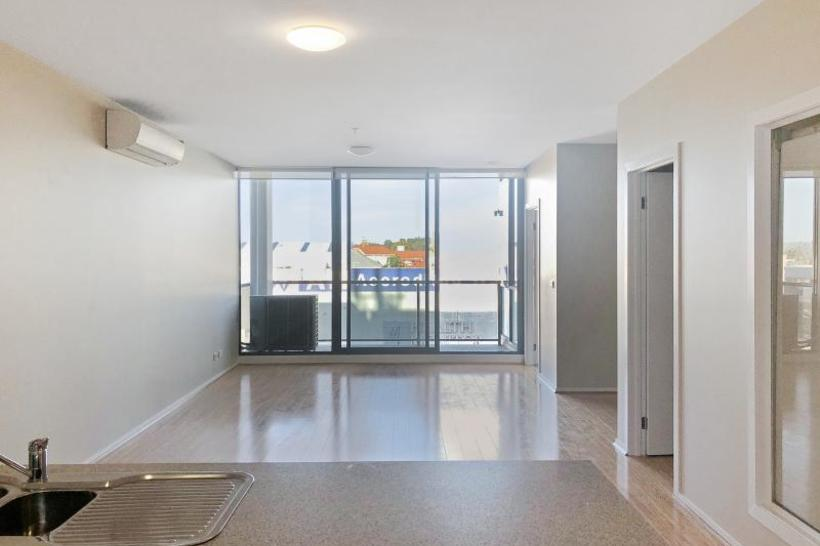 https://assets.boxdice.com.au/haughton_stotts/rental_listings/358/0bd1fcc3.jpg?crop=820x546