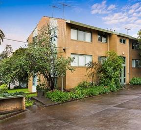 https://assets.boxdice.com.au/haughton_stotts/rental_listings/363/4928e6f8.jpg?crop=288x266