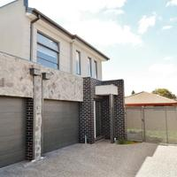 https://assets.boxdice.com.au/haughton_stotts/rental_listings/459/125cf930.jpg?crop=200x200