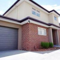 https://assets.boxdice.com.au/haughton_stotts/rental_listings/480/102d0f72.jpg?crop=200x200