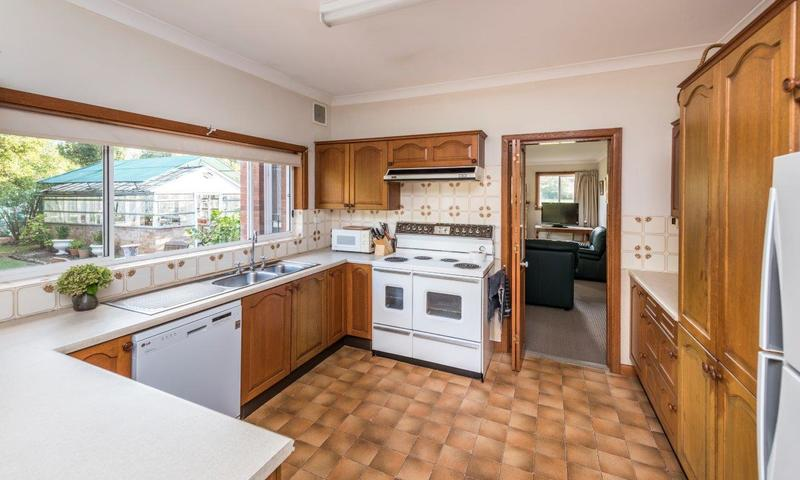 https://assets.boxdice.com.au/highlands/listings/1255/7337d658.jpg?crop=800x480