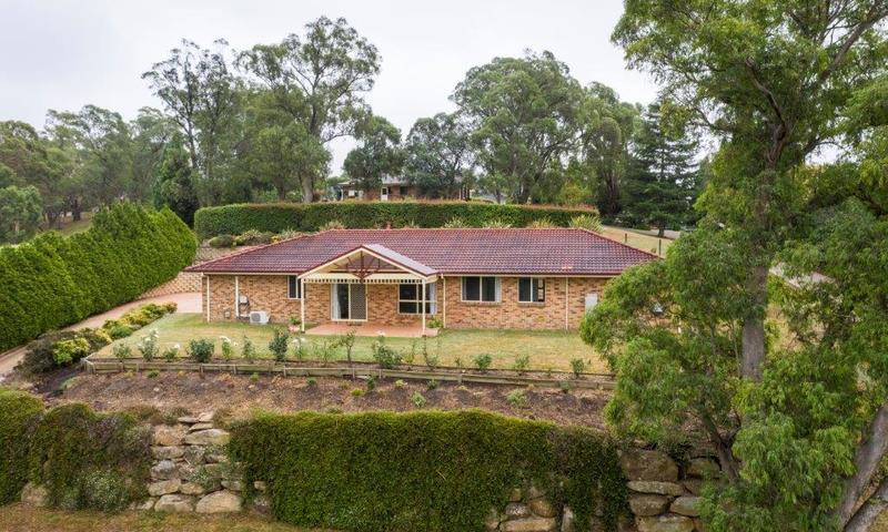 https://assets.boxdice.com.au/highlands/listings/1517/0723931c.jpg?crop=800x480