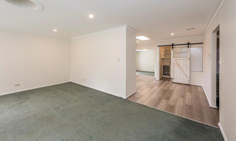 https://assets.boxdice.com.au/highlands/listings/2003/fde1b0ef.jpg?crop=800x480