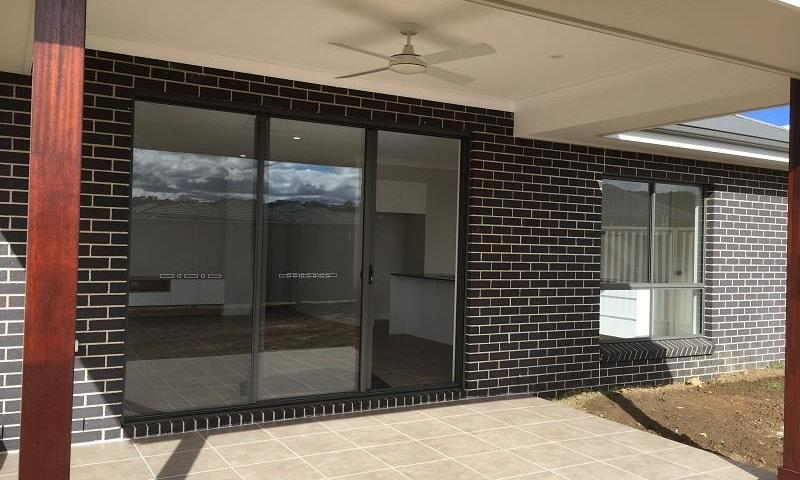 https://assets.boxdice.com.au/highlands/rental_listings/290/D.1501653602.jpg?crop=800x480
