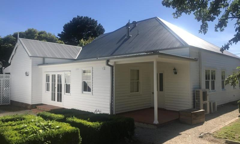 https://assets.boxdice.com.au/highlands/rental_listings/484/H.1518570903.jpg?crop=800x480