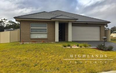 https://assets.boxdice.com.au/highlands/rental_listings/607/MAIN.1530059401.jpg?crop=400x250