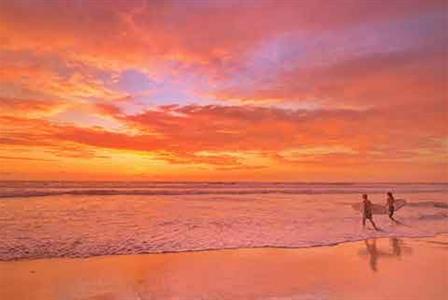 https://assets.boxdice.com.au/laguna/attachments/50b/420/explore_sunshine.jpg?5cc53471d2d8f2d635772b59e1b9ab18