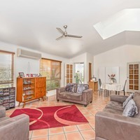 https://assets.boxdice.com.au/laguna/rental_listings/377/04356390.jpg?crop=200x200